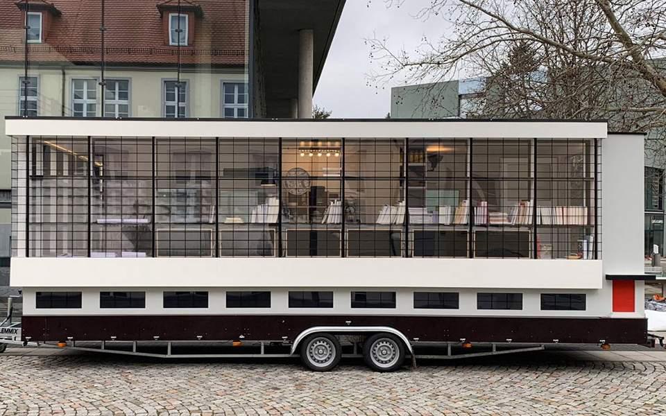 12s22bauhausbus