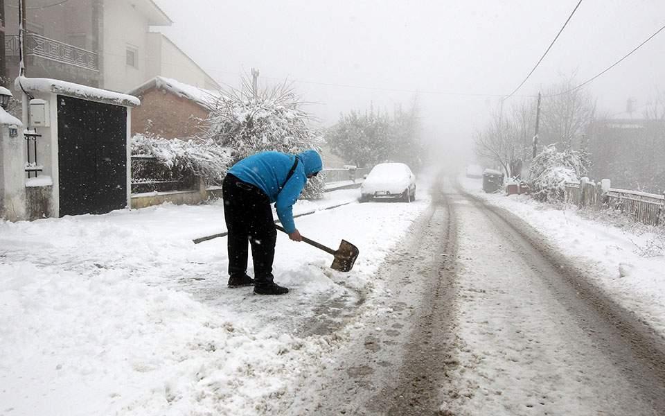 17eff9840546 Το κύμα κακοκαιρίας έφερε χιόνια σε όλους τους νομούς της Μακεδονίας και  επηρέασε όλη τη Θεσσαλία και τη Στερεά Ελλάδα.