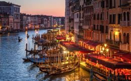 001-grand-canal-01-