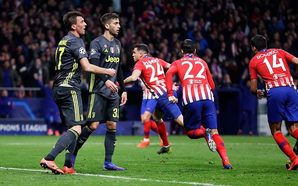 21spain_soccer