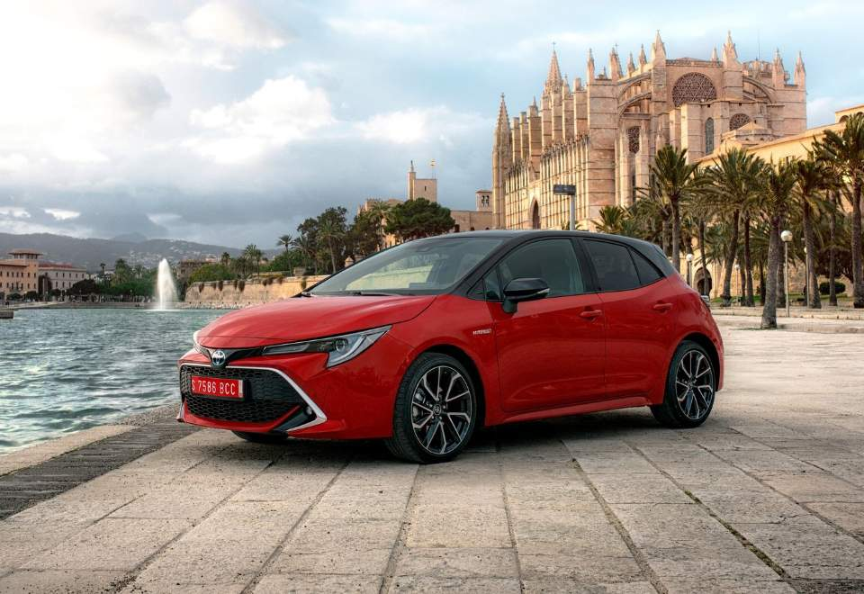 toyota-corolla_hatchback_eu-version-2019-1600-05