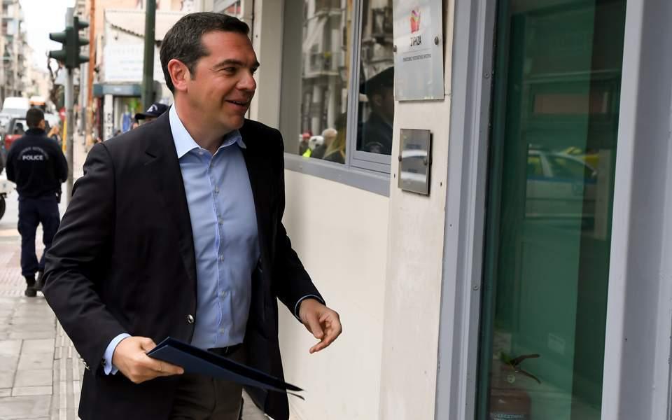 18syriza-tsipras10