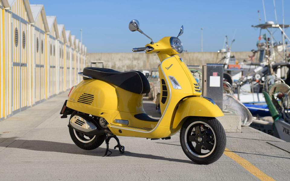 44-vespa-gts-super-300-hpe