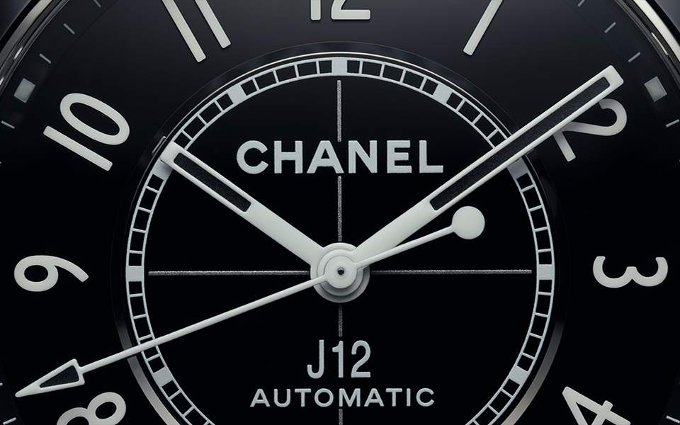 chanel-j12-zoom