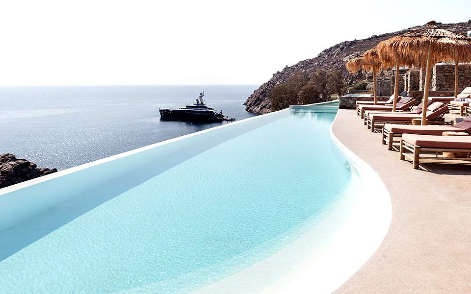 the-wild-hotel---pool---credit-yiorgos-kordakis