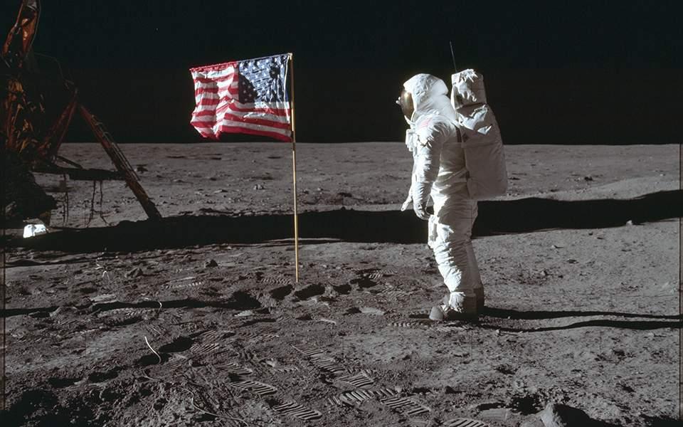 Πριν από 50 χρόνια έγινε το «μικρό βήμα» του Νιλ Άρμστρονγκ στη Σελήνη