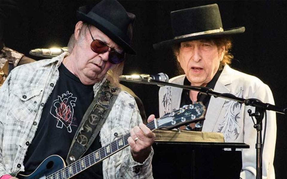 bob-dylan-neil-young-696x503