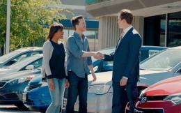 car-sales-hand-shakejpgwrend640360--2