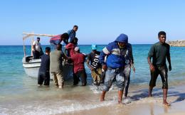 migrants-are