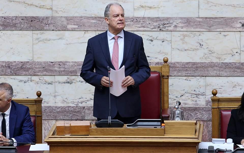 Νέος πρόεδρος της Βουλής ο Κώστας Τασούλας με ρεκόρ 283 ψήφων