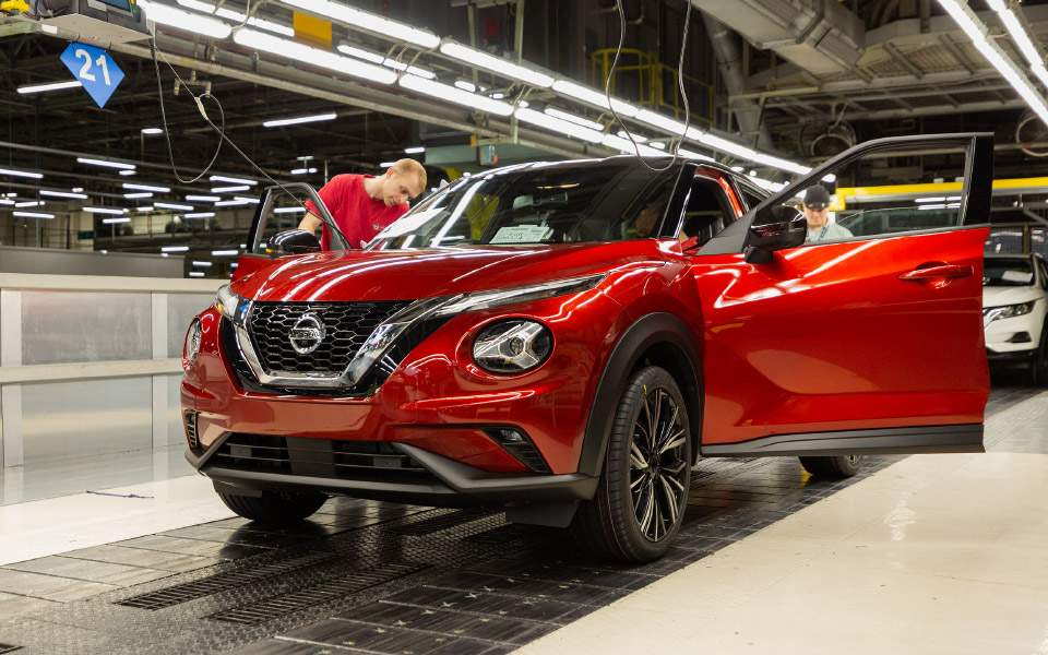 nissan-juke-production---final-assembly-9