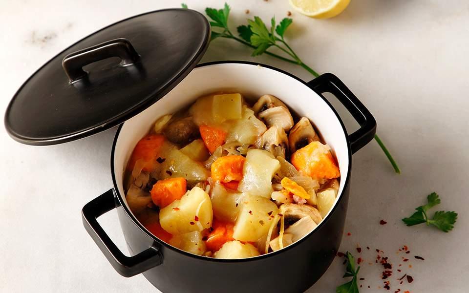65181018_06470_poikilia-apo-patates-lemonates
