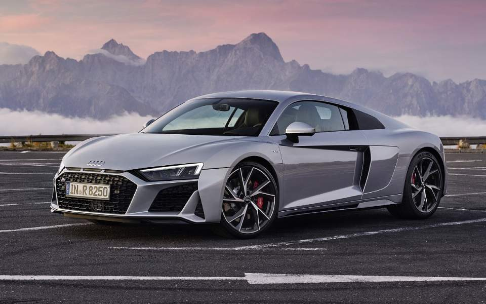 audi-r8-v10-rwd-coupe_1-1