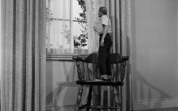 1118full-the-incredible-shrinking-man-1957-screenshot