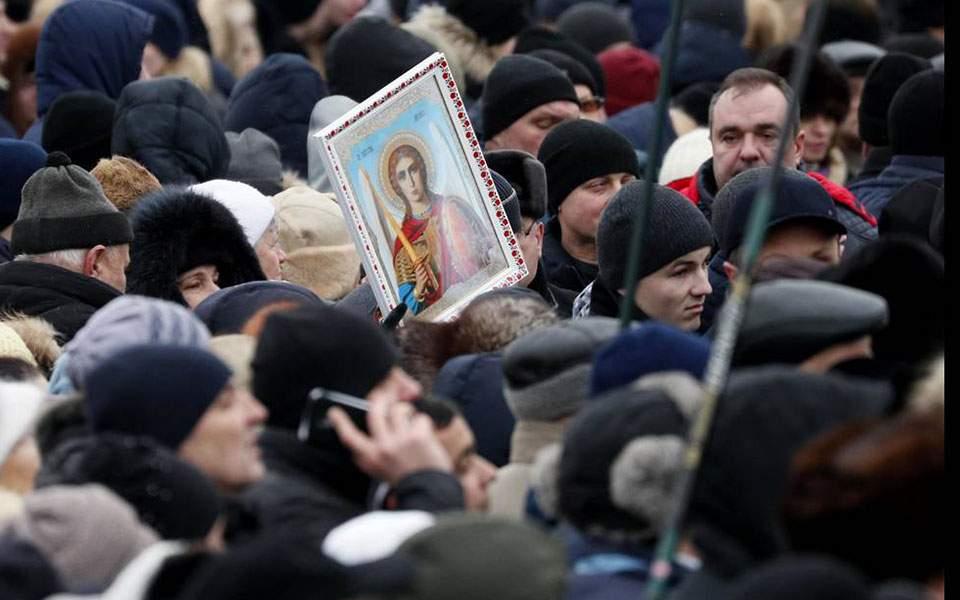 2018-12-15t082513z_1591893149_up1eecf0ne07f_rtrmadp_3_ukraine-church