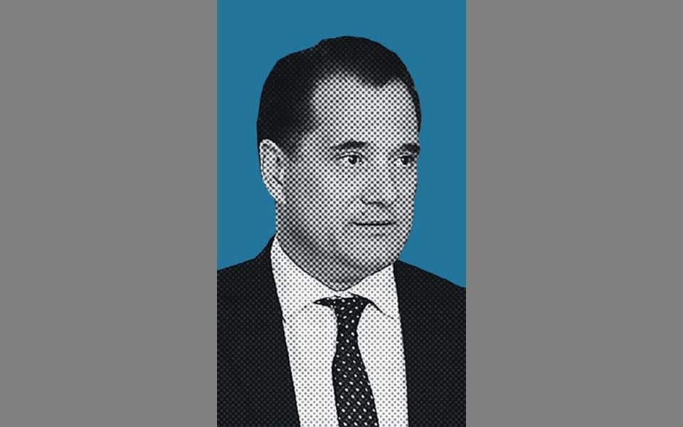 Αδωνις Γεωργιάδης: Πατινάζ