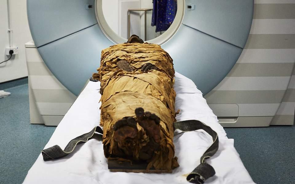 nesyamun-mummy