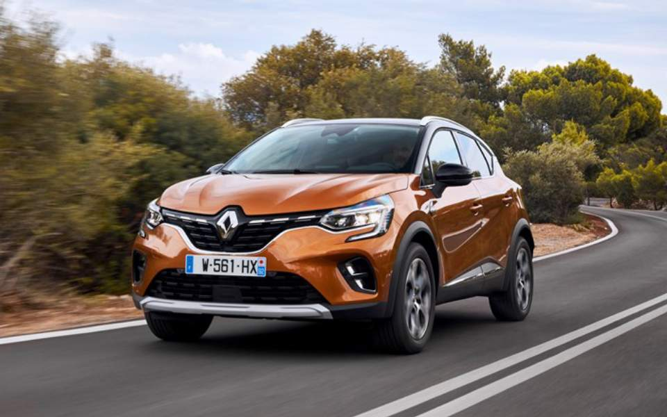 21233606_2019_-_new_renault_captur_tests_drive_in_greece-1