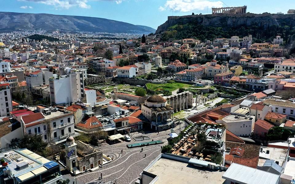 Τα μέτρα του κορωνοϊού μείωσαν σημαντικά την ατμοσφαιρική ρύπανση στην Αθήνα