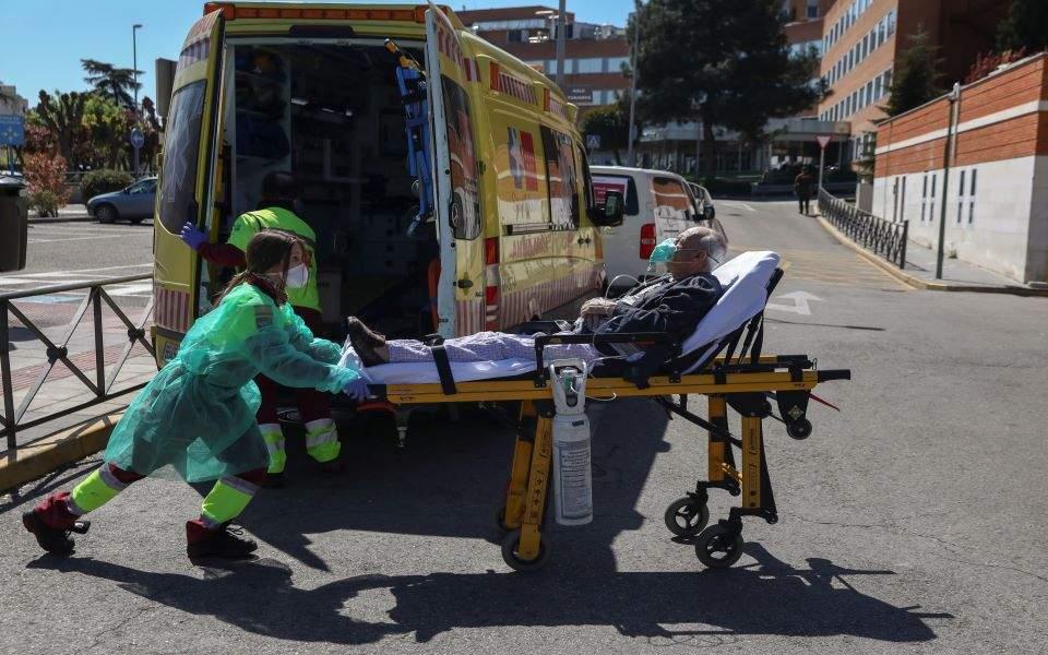 Τον μεγαλύτερο αριθμό νεκρών σε μία ημέρα κατέγραψε η Ισπανία