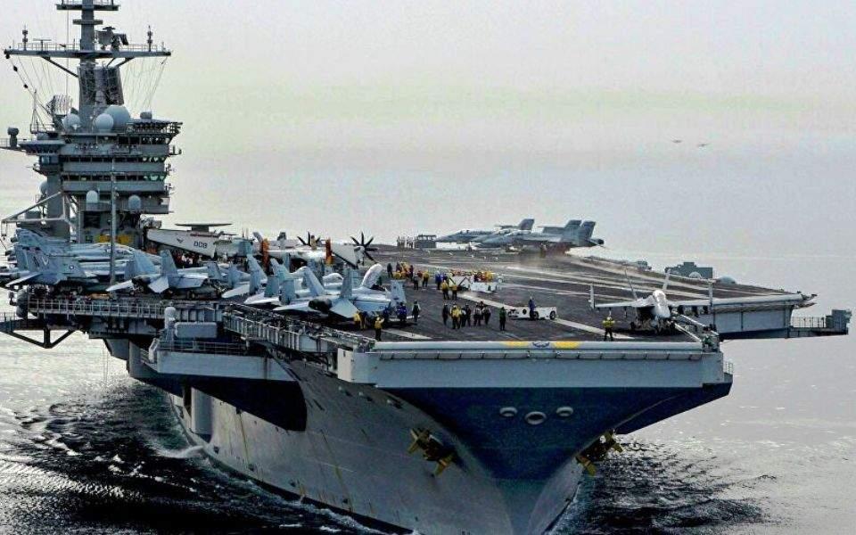 Πεντάγωνο: Δεν εκκενώνεται το αεροπλανοφόρο Roosevelt - 100 κρούσματα σε σχεδόν 5.000 ναύτες