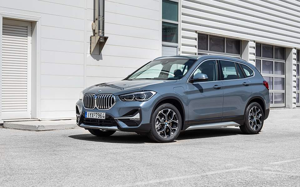p90388839_highres_the-new-bmw-x1-xdriv