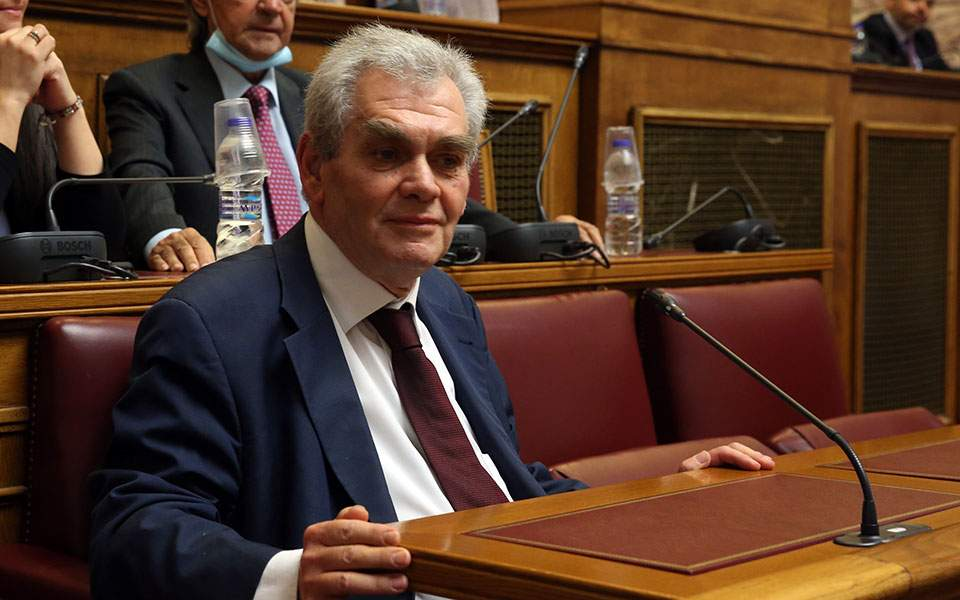 Δημήτρης Παπαγγελόπουλος: «Και νεκρός θα καταθέσω…»