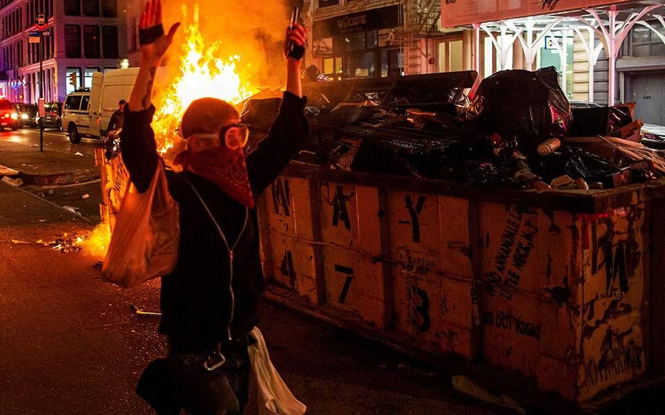 Κίνα: Οι ταραχές στις ΗΠΑ πρώτο θέμα στα κρατικά ΜΜΕ και τα social media