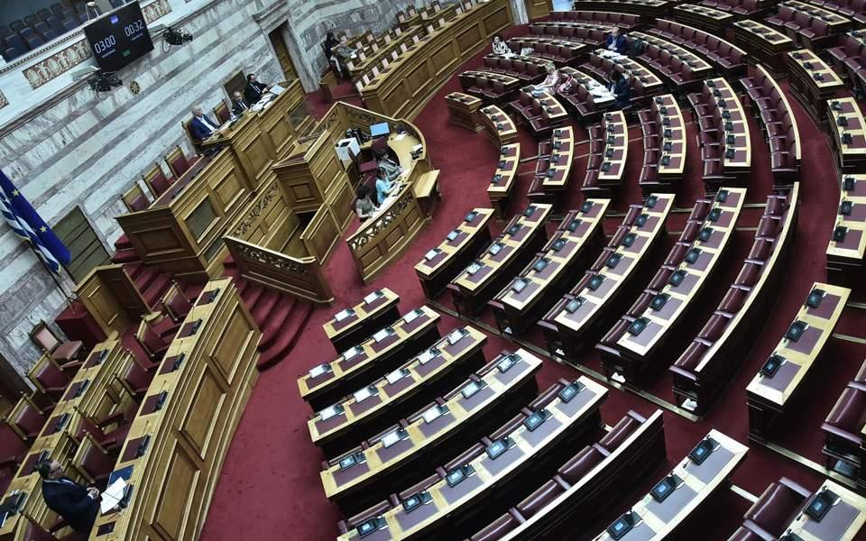Βουλή: Με «ευχές» επί τετράμηνο αντιμετωπίζεται η έλλειψη παιδιάτρων στα νησιά
