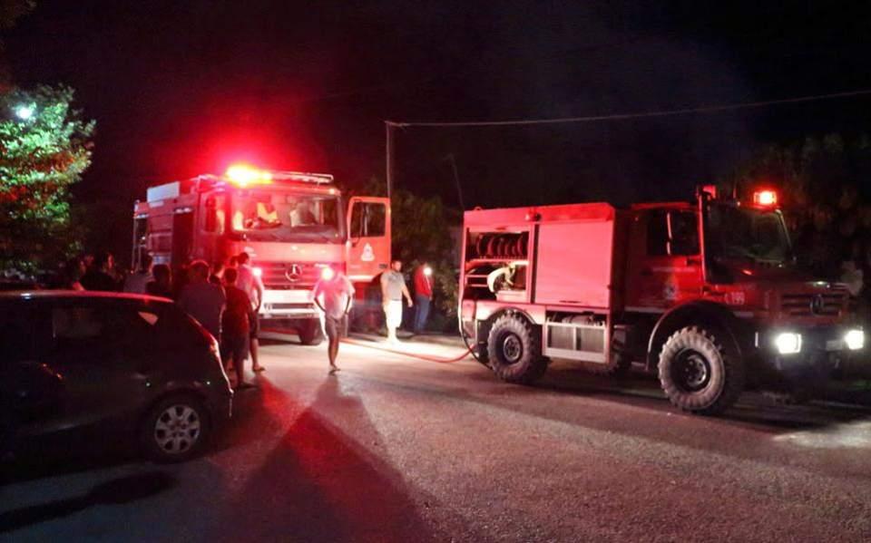 Χωρίς ενεργό μέτωπο η φωτιά στο Πέραμα - Σύλληψη ενός ατόμου για εμπρησμό
