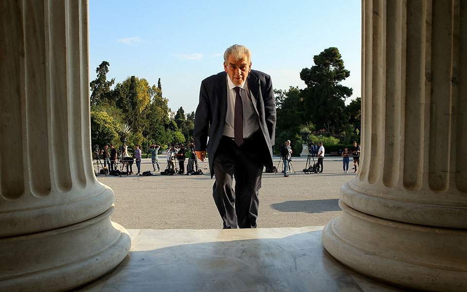 Βουλή: Την Τετάρτη αποφασίζει η Ολομέλεια για Παπαγγελόπουλο