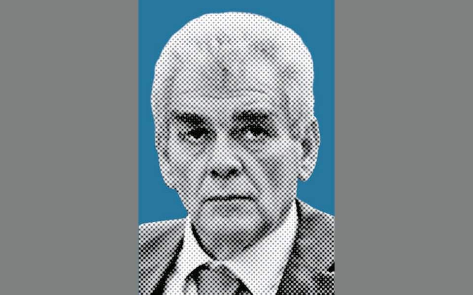 Δημήτρης Παπαγγελόπουλος: Βιοτεχνίες