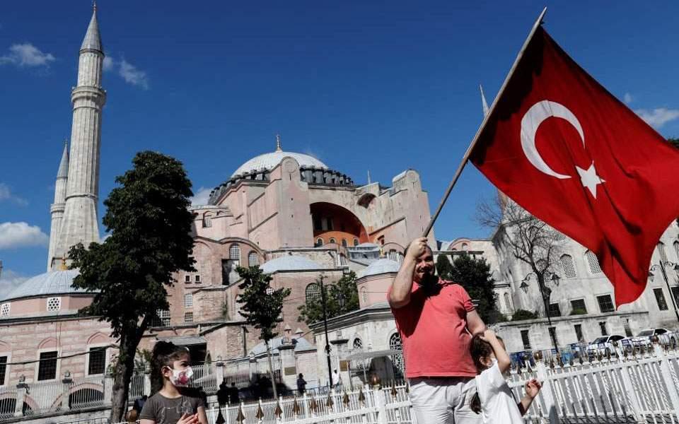 Αρχιεπίσκοπος Αλβανίας Αναστάσιος: «Πολιτιστική τζιχάντ» η επιλογή Ερντογάν για την Αγία Σοφία