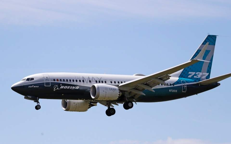Οι αρχές των ΗΠΑ απαιτούν από την Boeing αλλαγές για να ξαναπετάξουν τα 737 ΜΑΧ