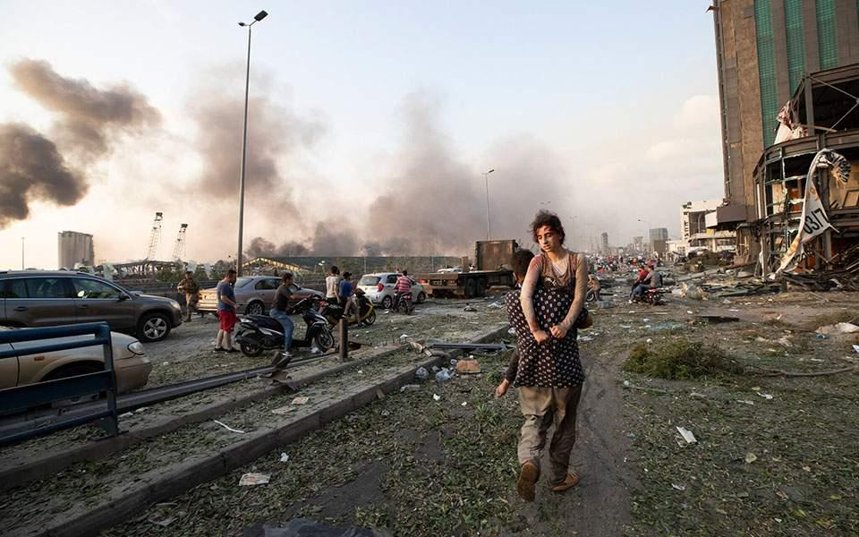 Θρήνος στον Λίβανο μετά τις πολύνεκρες εκρήξεις - Το μέγεθος της τραγωδίας σε φωτογραφίες(video)