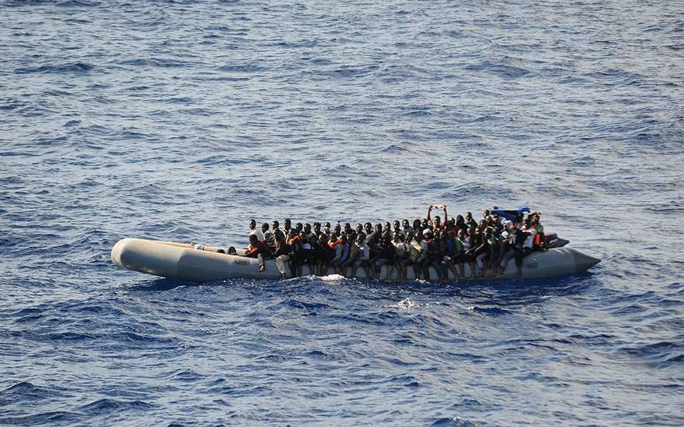 Λιβύη: 23 παράτυποι μετανάστες διασώθηκαν στη θάλασσα και οδηγήθηκαν πίσω στη χώρα