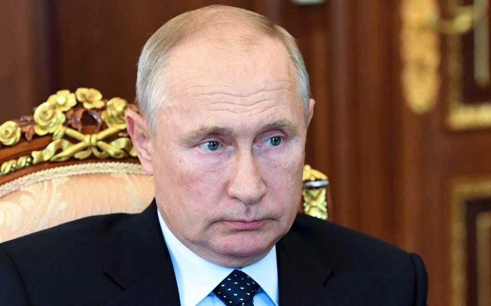 Η Ρωσία αιφνιδιάζει την Κύπρο με την ακύρωση συμφωνίας για τη φορολόγηση