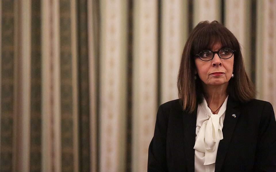 Κ. Σακελλαροπούλου: Ο ελληνικός λαός στέκεται δίπλα στον λαό του Λιβάνου