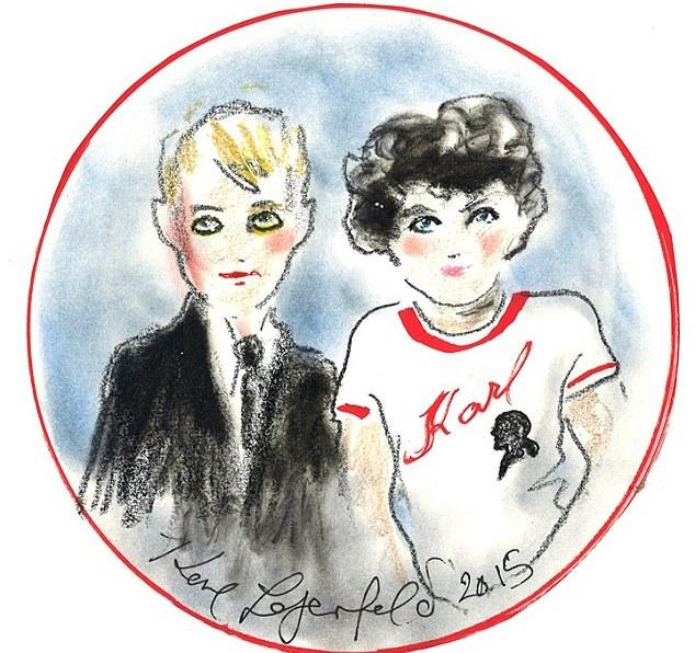Ο μικρός Hudson που αντικατέστησε τον πατέρα του ως  πηγή έμπνευσης  της  Chanel έχει ήδη κυριαρχήσει στις πασαρέλες του οίκου περπατώντας μαζί με  την Cara ... 8c20698be90
