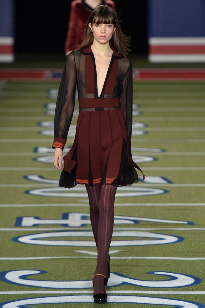 """Ο διάσημος σχεδιαστής έκλεισε με τον καλύτερο τρόπο την Εβδομάδα Μόδας και  παρουσίασε μία συλλογή που θα μπορούσε να έχει τον τίτλο """"Americana"""". 7aa4c4a9736"""