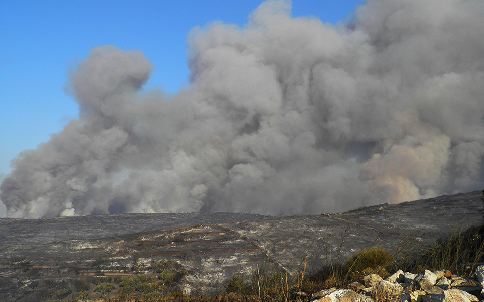 kithira2 Νέο μέτωπο στα Κύθηρα – Δραματική η κατάσταση [εικόνες & βίντεο]