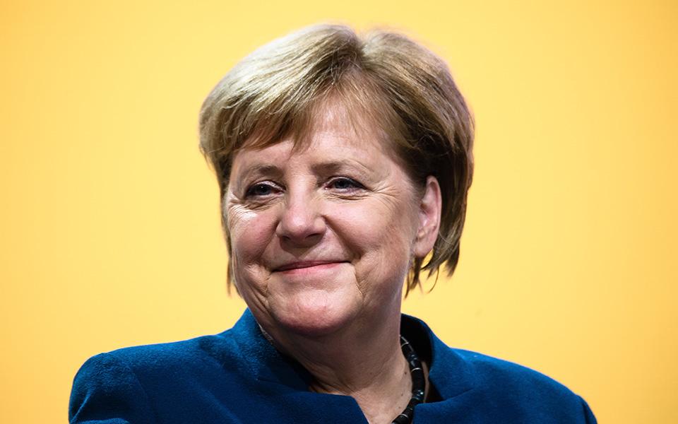 31st-party-c_2 Η Μέρκελ αποχαιρέτησε με συγκίνηση τα στελέχη των Χριστιανοδημοκρατών