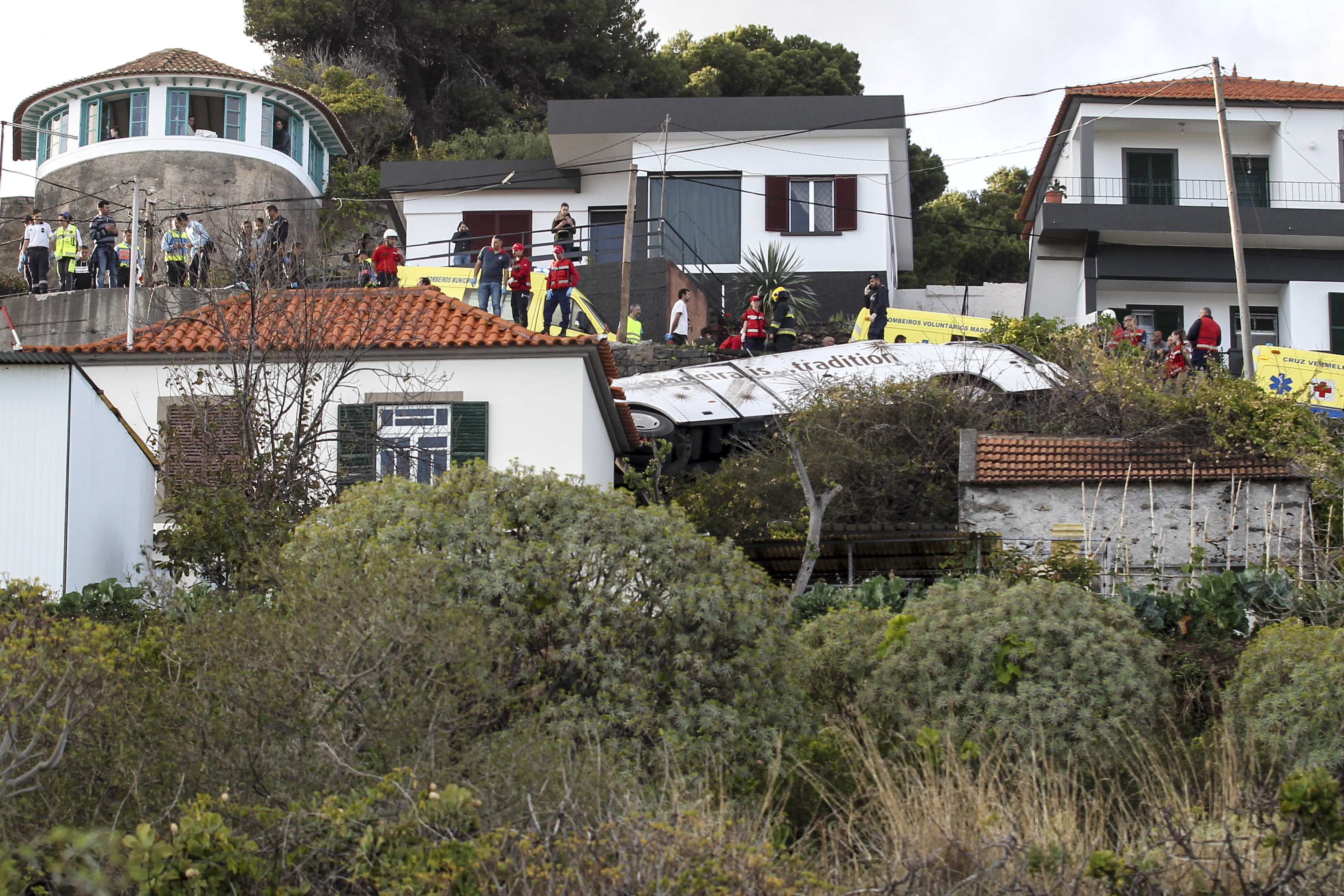 1704portugalaccident_2