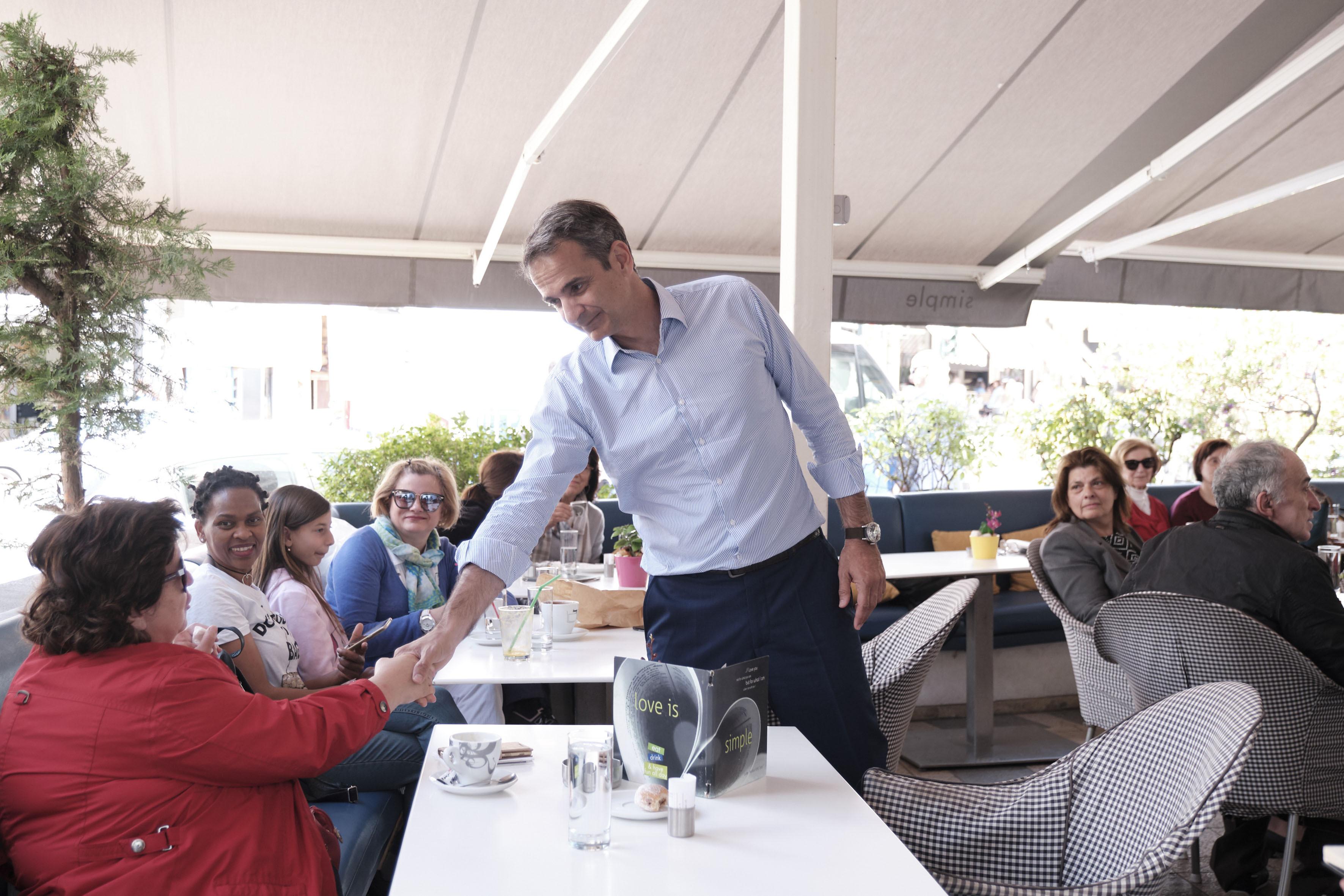 Κυρ. Μητσοτάκης για αφορολόγητο: Ελπίζω όταν ο κ. Τσίπρας τελειώσει τις διακοπές του με τον κ. Πολάκη να απαντήσει | ΠΟΛΙΤΙΚΗ