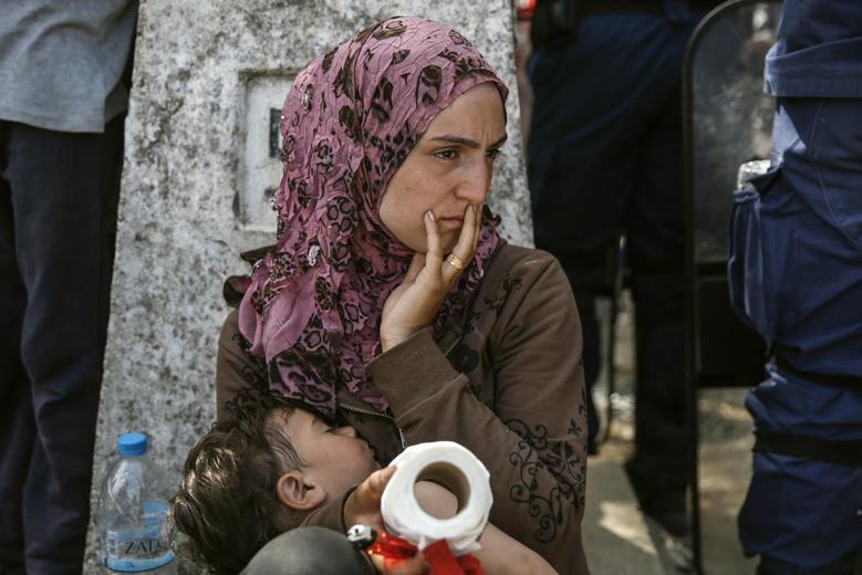 «Μητέρες της προσφυγιάς» μέσα από 15 φωτογραφίες του Reuters 3