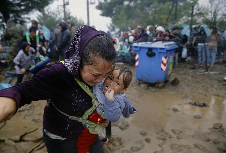 «Μητέρες της προσφυγιάς» μέσα από 15 φωτογραφίες του Reuters 12
