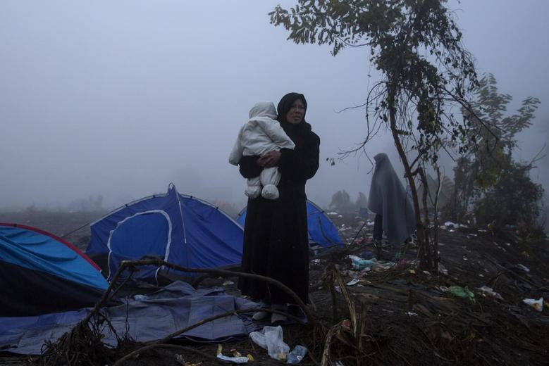 «Μητέρες της προσφυγιάς» μέσα από 15 φωτογραφίες του Reuters 13