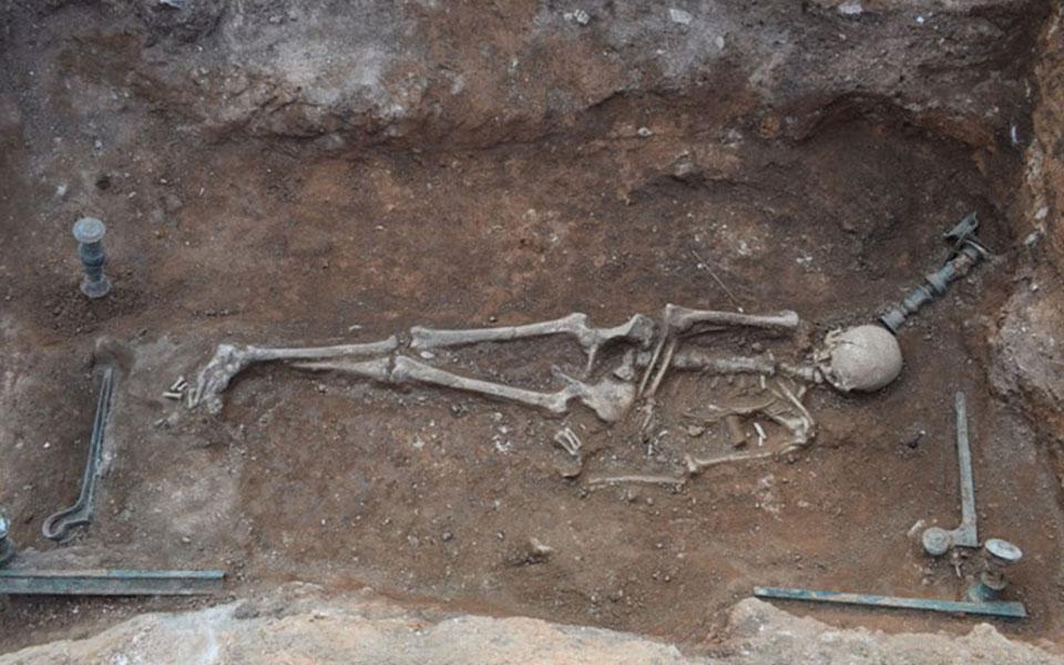 Μαυροπηγή: Ασύλητο τάφο του 1ου αιώνα π.Χ έφερε στο φως η αρχαιολογική σκαπάνη (φωτό) 8