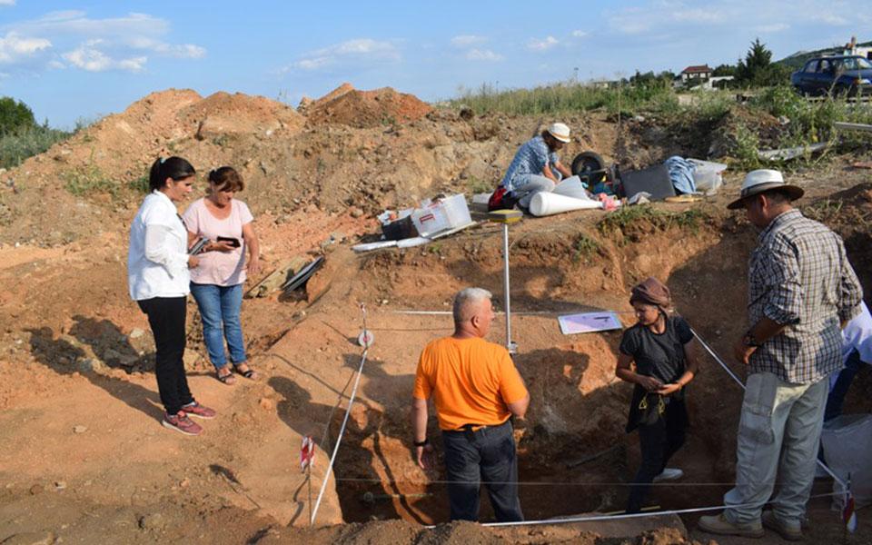 Μαυροπηγή: Ασύλητο τάφο του 1ου αιώνα π.Χ έφερε στο φως η αρχαιολογική σκαπάνη (φωτό) 7