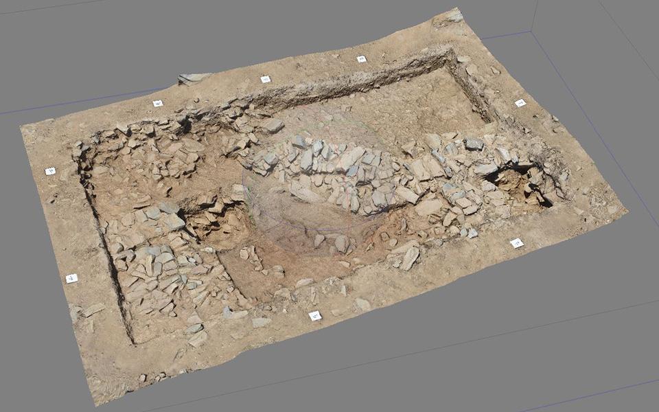 Σημαντικός προϊστορικός οικισμός ανακαλύθφηκε στην Κάρυστο (φωτογραφίες) | Ελλάδα